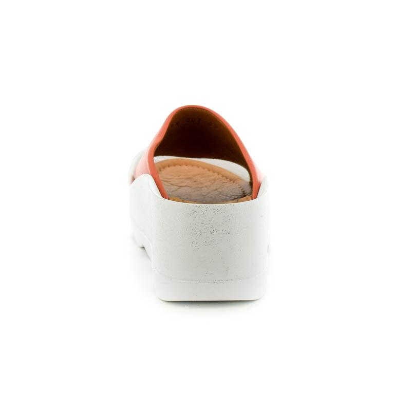 La Pinta bőr papucs pomegranat leather185250_D.jpg